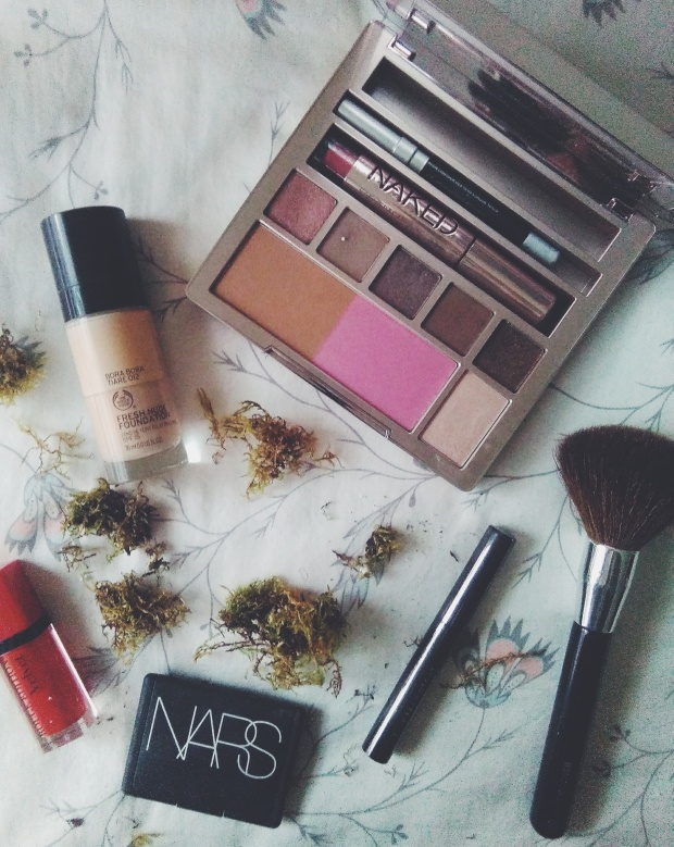christmas makeup urban decay nars the body shop cruelty free