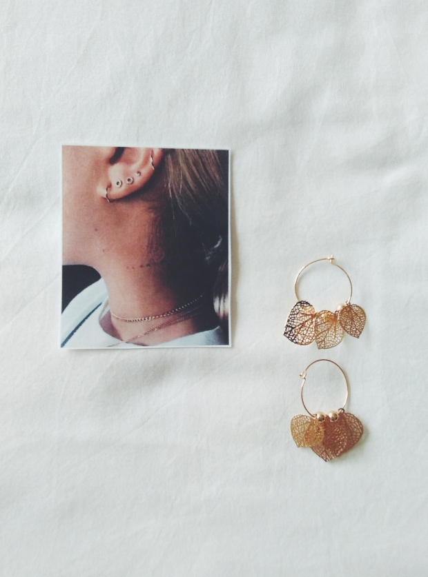 sfera earrings gold details minimal